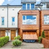 Modern Three/ Four Double Bedroom Townhouse  Main Photo
