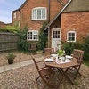 Charming English Cottage To Let - Kenilworth Main Photo
