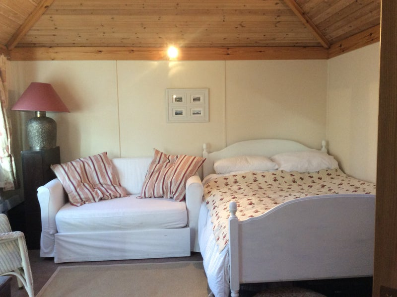 39 self contained cabin 39 room to rent from spareroom for Self contained cabin