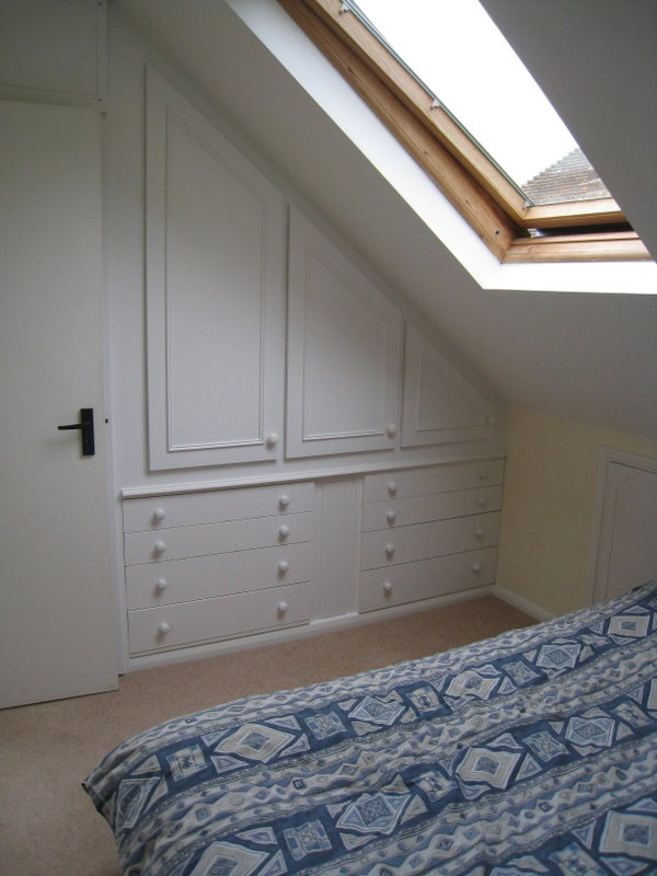 Back Room To Rent In Bramley