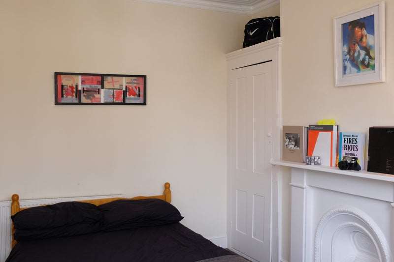 39 Big Double Bedroom With Bay Windows Furnished 39 Room To