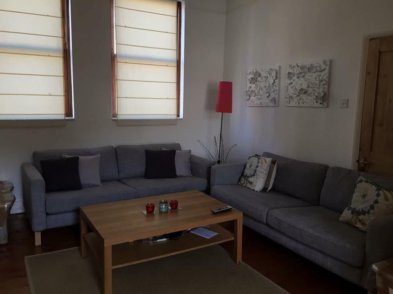 39 huge double room brixton sw2 39 room to rent from spareroom for Minimalist house brixton