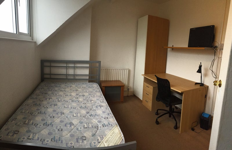 One Bed Room Flat For Rent In Beeston