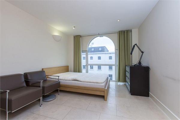 Bed Flat London Bridge Spare Room