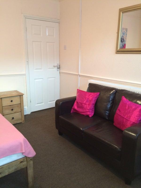 Flat Room Rent Burton On Trent