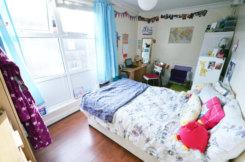 ££86.55pw Including Gas, Electricity U0026 Water, TV, Wifi: 1 Room Available To  Students Only For 12 Months From 1st July 2016