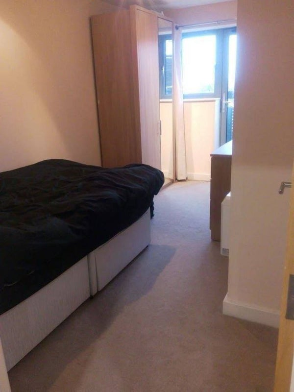 Double Ensuite Room Park Royal To Rent