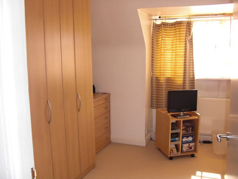 Hampstead Family With Spare Room