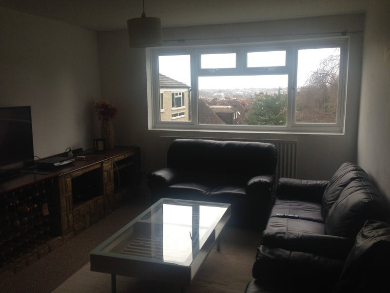 Room To Rent In Southfields
