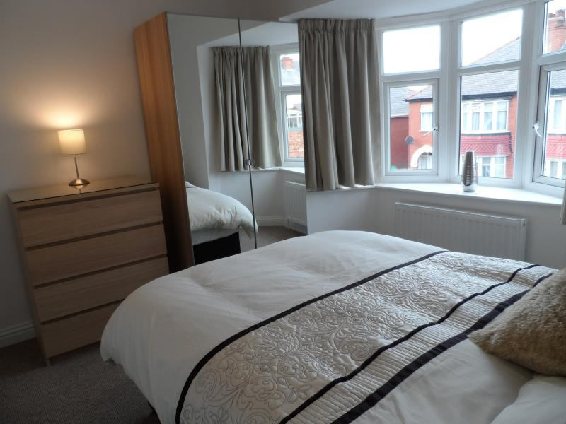Last Single Amp Double Room Bentley Room To Rent From
