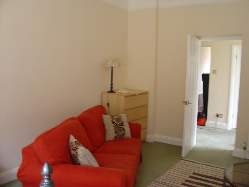 Surrey Hills Room To Rent