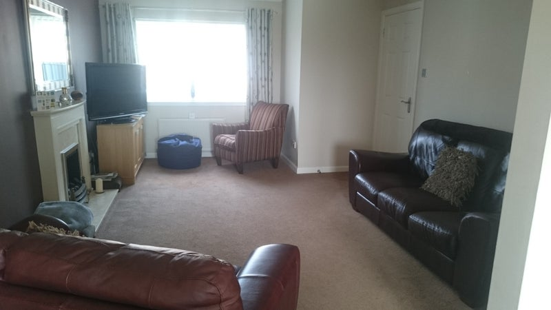39 double room available spacious accommodation 39 room to for Living room kilmarnock