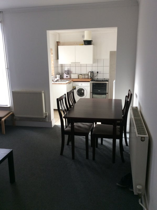 Rooms: '2 Double Rooms For Rent, Oxford Rd, NR32' Room To Rent