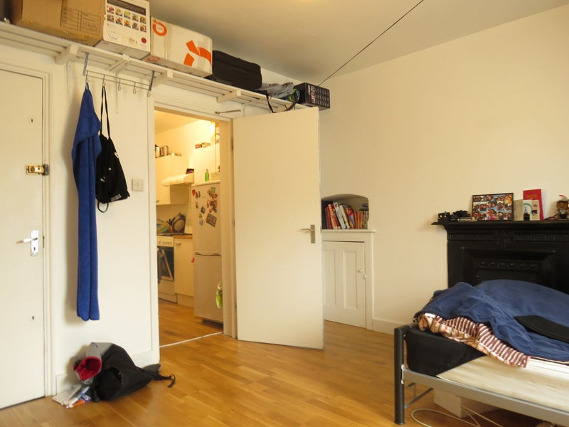 Studio To Rent Near City Of London Easy Room