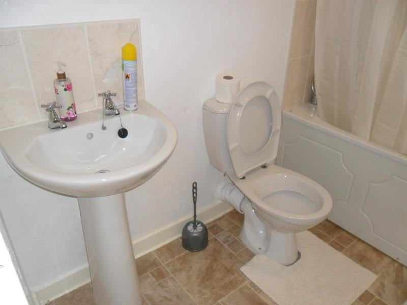 Room To Rent In Sighthill