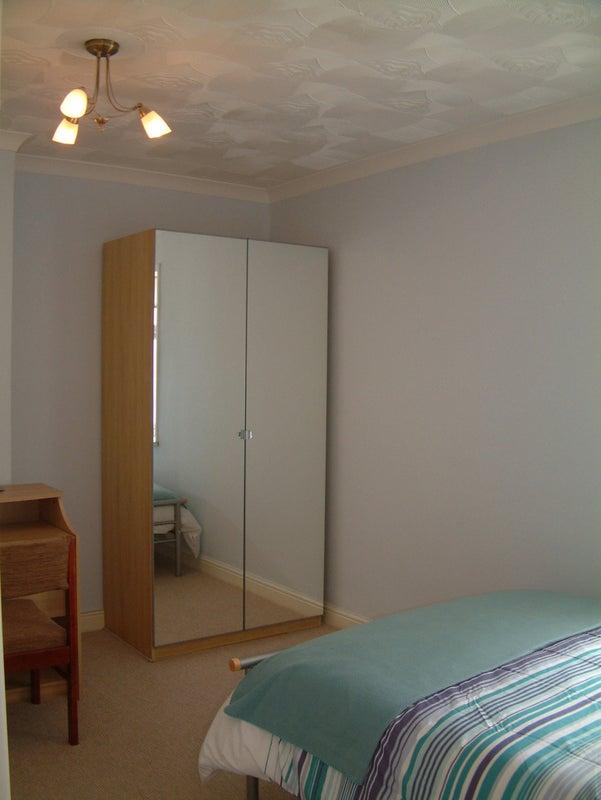 39 Single Room Large Bed Ensuite Proper Bathroom 39 Room To Rent From Spareroom