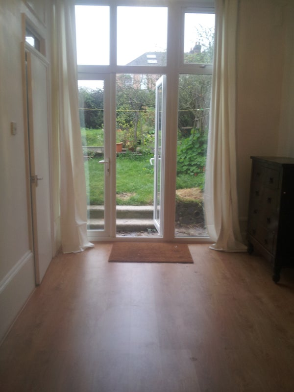 39 large bright garden studio muswell hill 39 room to rent for Large garden studio