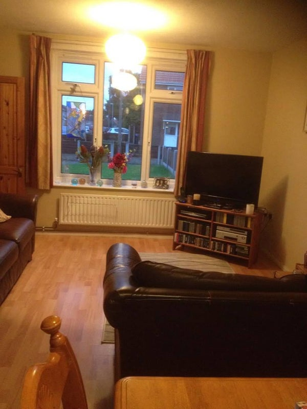 Room To Rent Whitefield Manchester