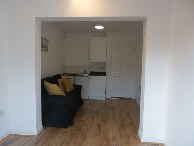 Lovely New One Bed Flat 77vfr6 Room To Rent From Spareroom
