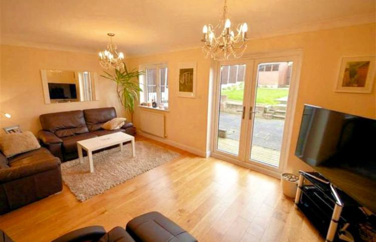 Bed Room Flat In Epping