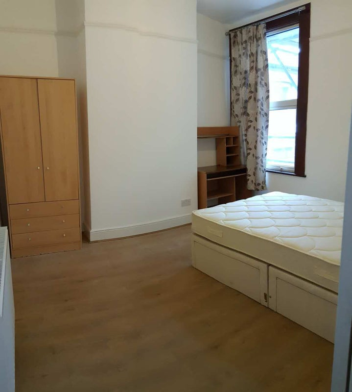 Room To Rent Southend No Deposit