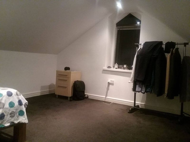 Looking For Room To Rent In Slough