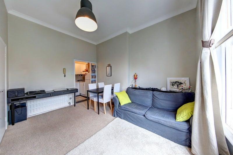 Single Room For Rent Shephers Bush