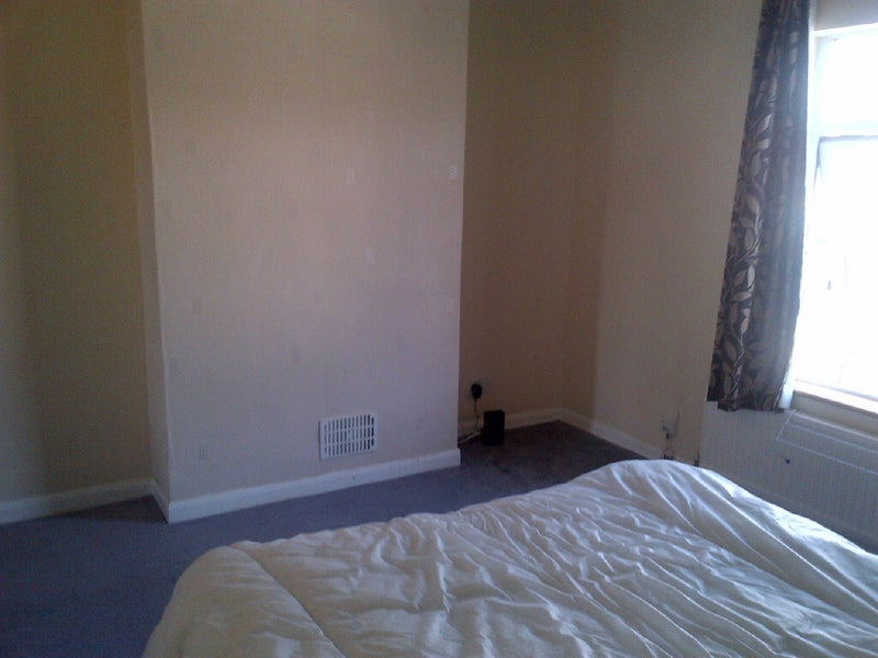 39 xl double room ample storage space all bills inc 39 room for Ample storage space