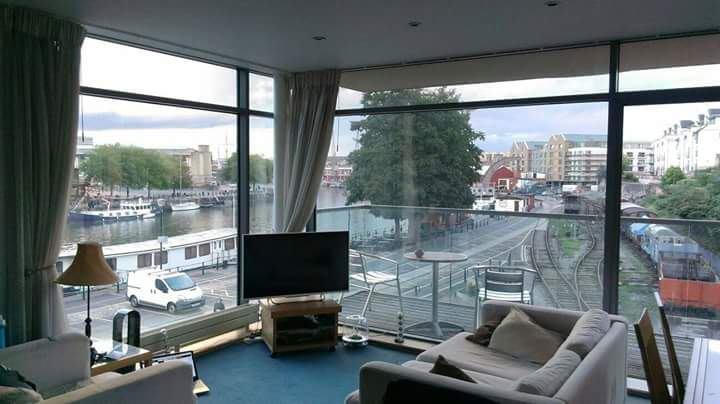 Harbourside Room Rent Bristol
