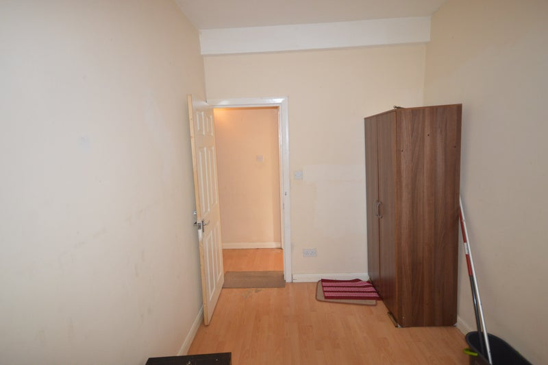 Room To Rent In Goodmayes