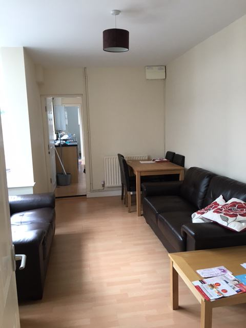 Rent A Room In Grimsby Uk