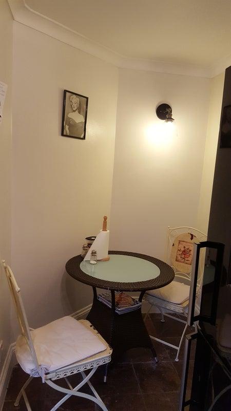 Single Room Short Term Let Central London