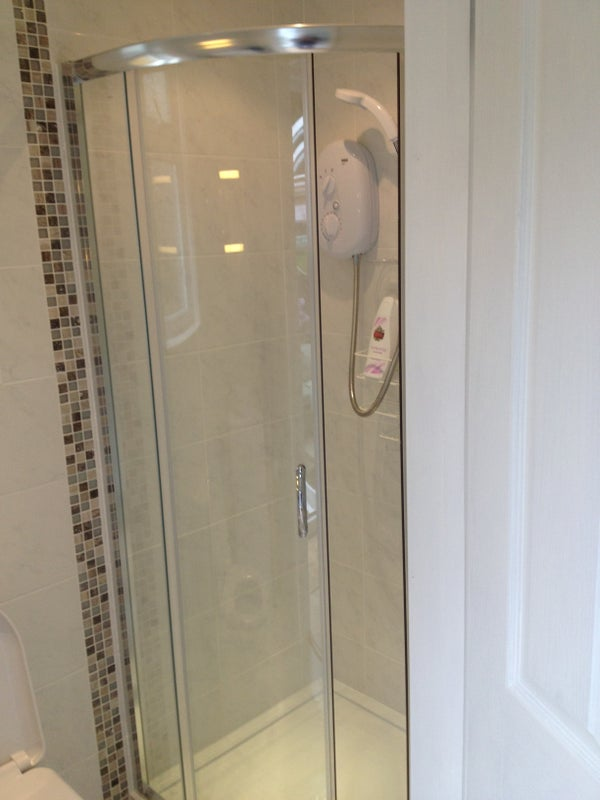 Double Room To Rent In Crawley Price