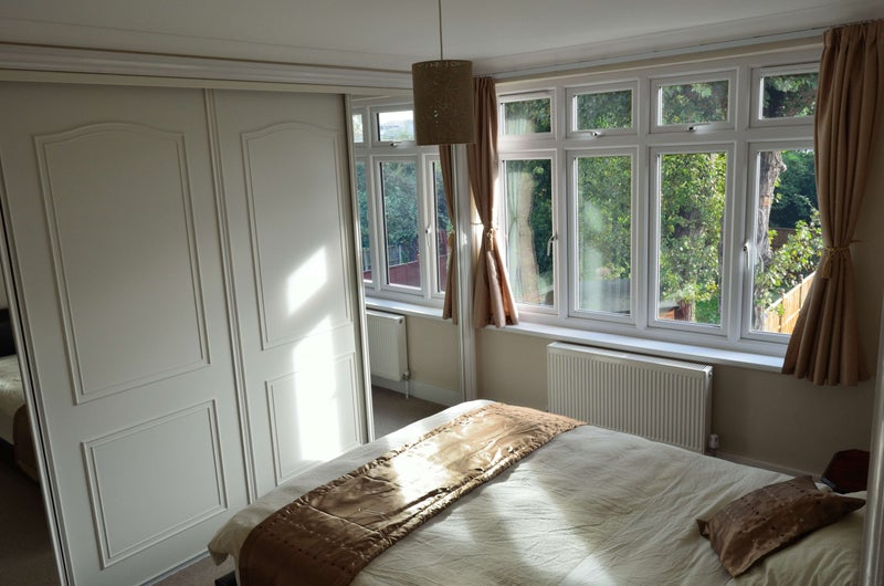 Clean and tidy room, near Romford station  Main Photo