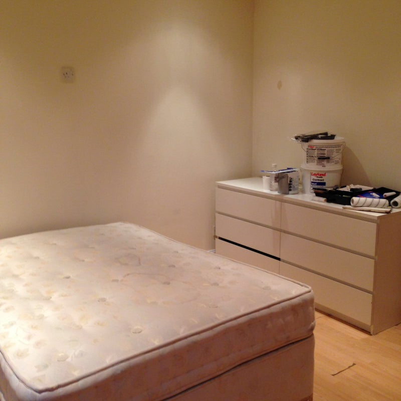 39 triple room including bills 39 room to rent from spareroom for Triple a flooring