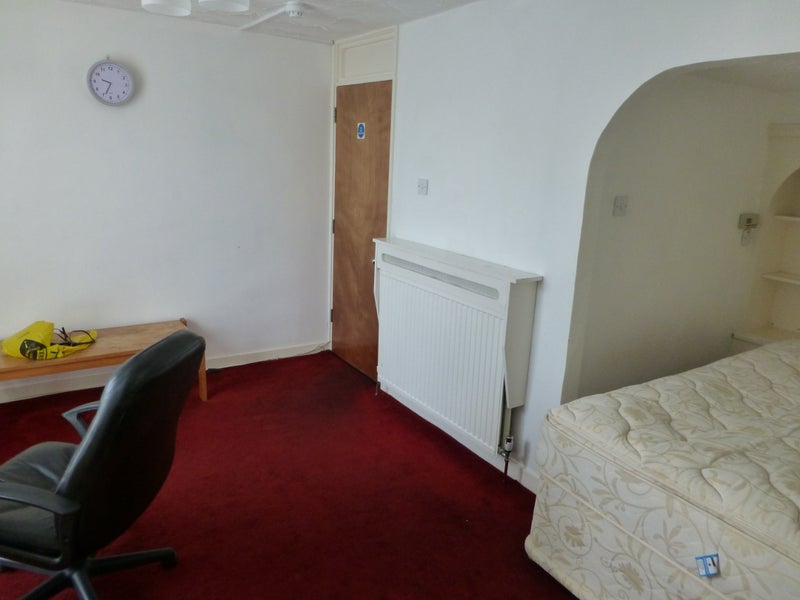 Double Rooms In Harlow