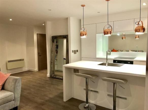 1 Bed Apartment The Cube Manchester City Centre Room To Rent From
