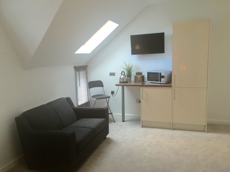 Spare Room Studios To Rent In Cardiff
