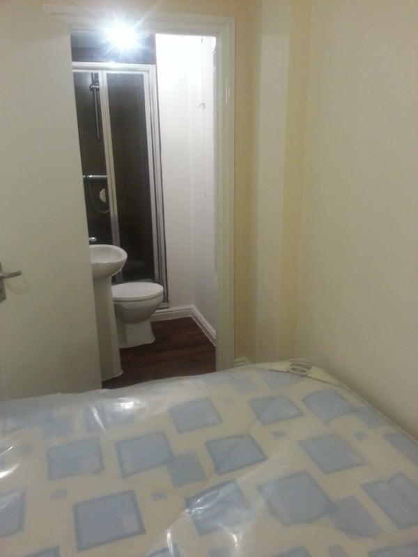Room To Rent In Harrow Weald