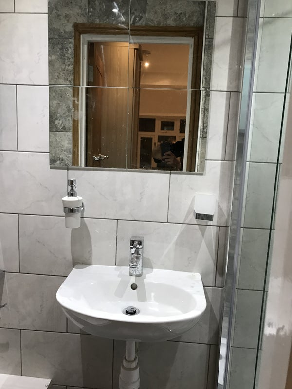 Beautiful Bathrooms Welling beautiful studio available in south welling - da16' room to rent