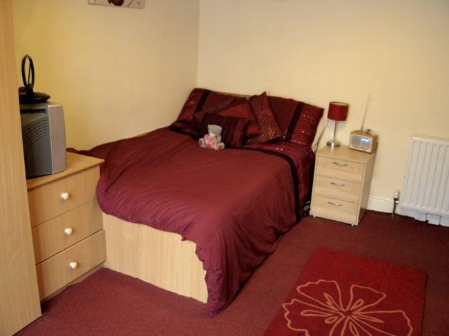 Cheap Room To Rent Burley Leeds