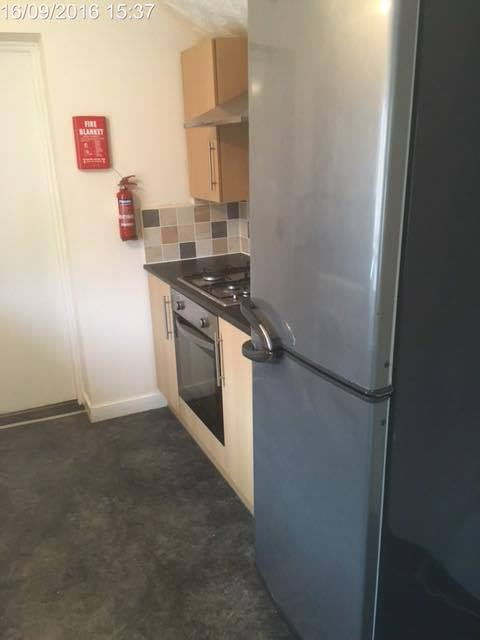 5 Double Bedroom House In Student Area In West Jesmond Right Next To Many Shops Restaurants Such As Arlos And Also Right Next To West Jesmond Metro