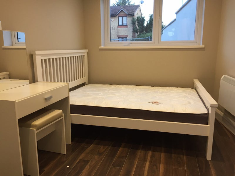 Private Rent Double Room Stratford