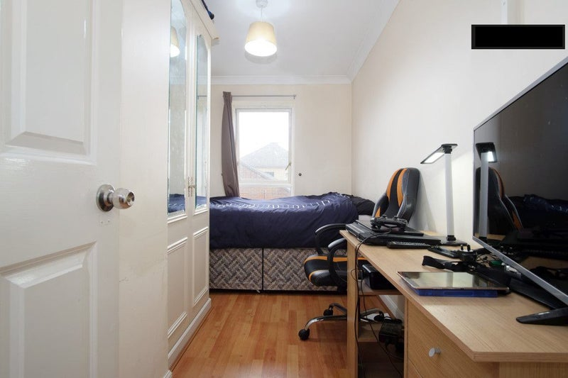 Room To Rent In West Silvertown