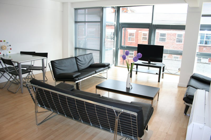 39 1 room portland tower accommodation 39 room to rent from. Black Bedroom Furniture Sets. Home Design Ideas