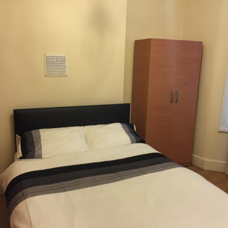 Leyton Rent Room