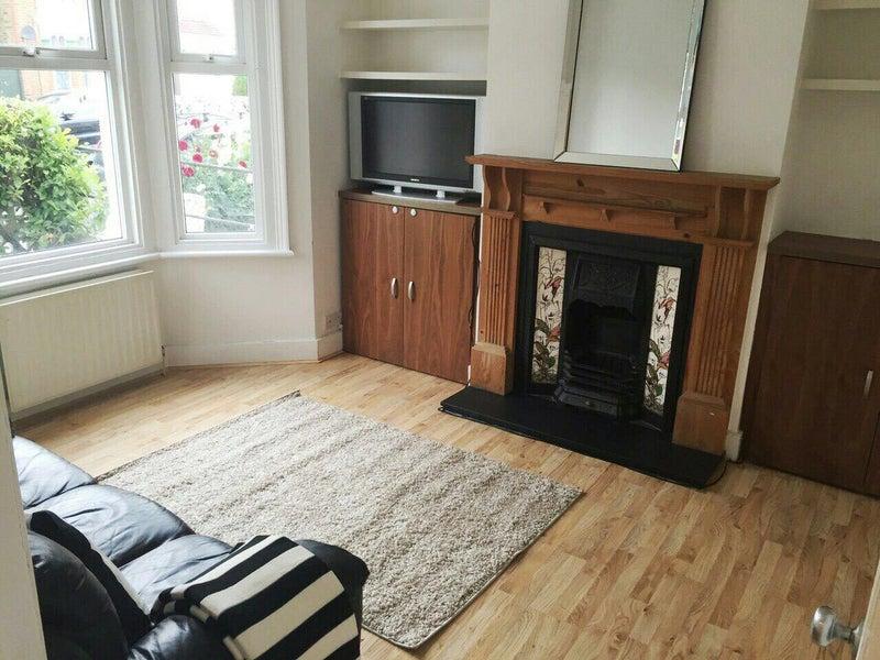 Double Room To Rent Northfields