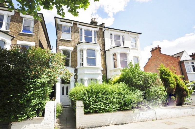Two Bedroom Flat Ladbroke Grove -Zone 2-  - W10 Main Photo
