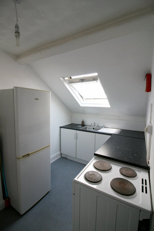 Studio Apartment Cardiff