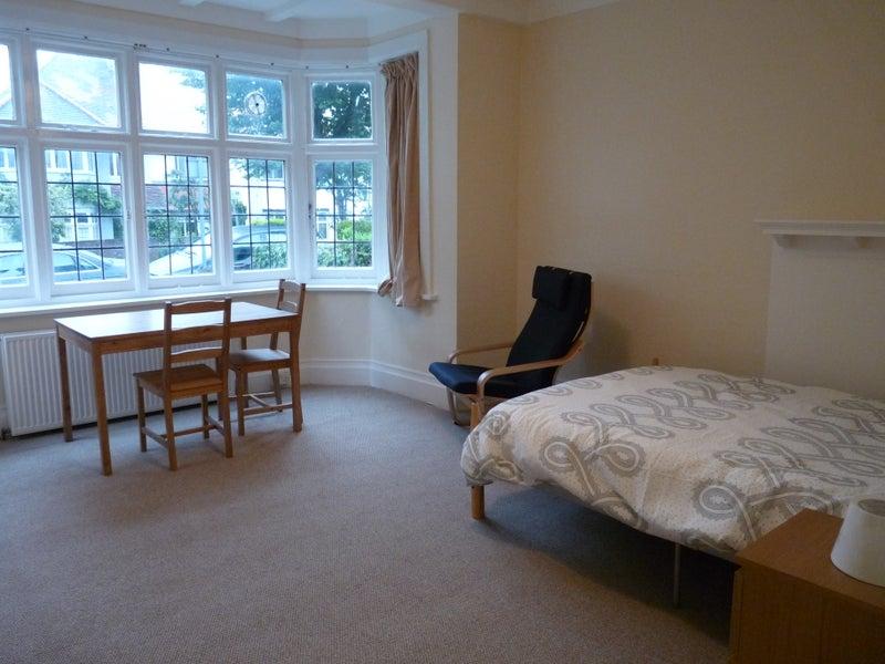 Willesden Green Room For Rent